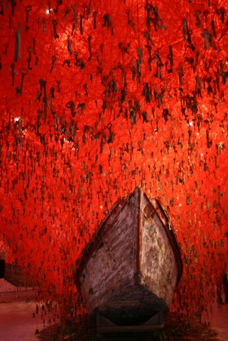 1601Venice Japan Chiharu Shiota 2) (1)