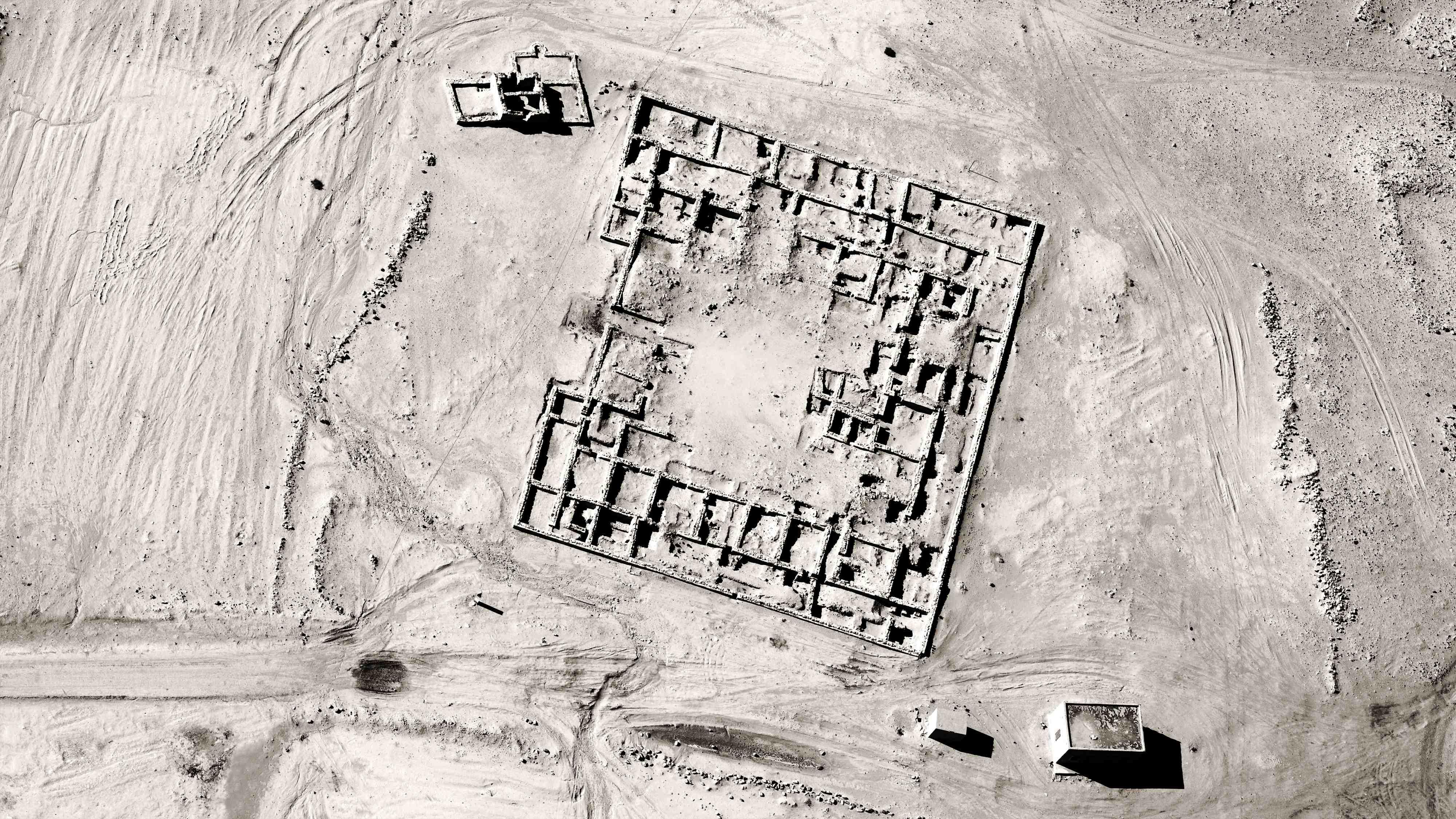 1602 Jananne al-ani shadow sites.jpg