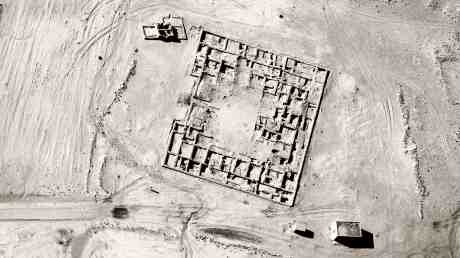 1602 Jananne al-ani shadow sites.jpg