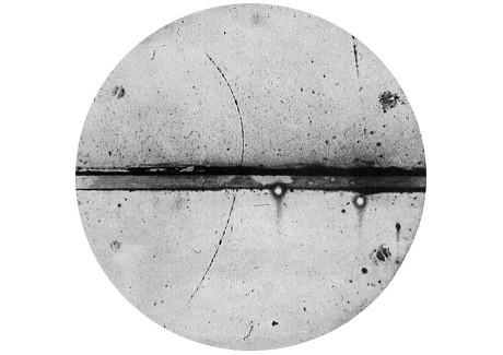 1607 positron_discovery