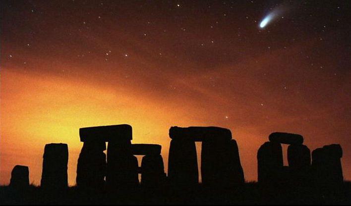 1612-stonehenge-credit-ap
