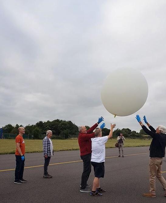 1808 UKHAS Balloon launch 6.jpg