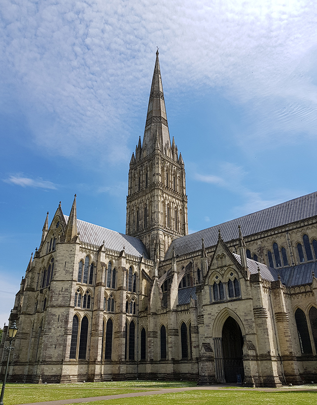 1905 salisbury cathedral